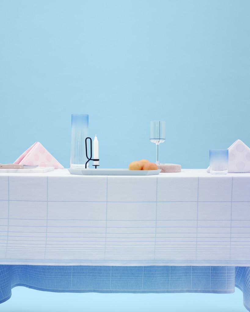 4.Table cloth Grid & Colour Glass